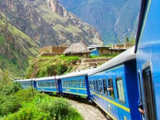 Circuit Pérou Train Ollantaytambo Aguas Calientes